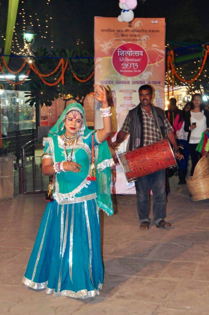 Delhi's Dili Haat 13