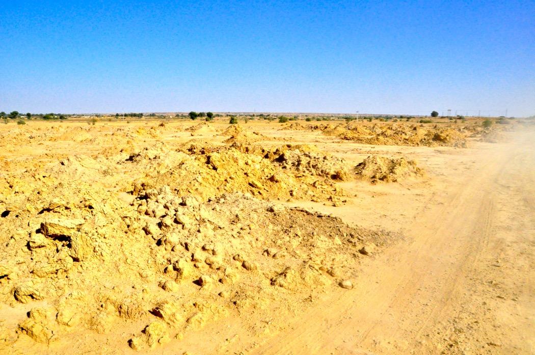 Drive into the Thar Desert Jaisalmer