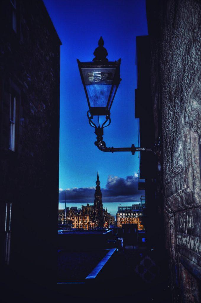 lantern-close