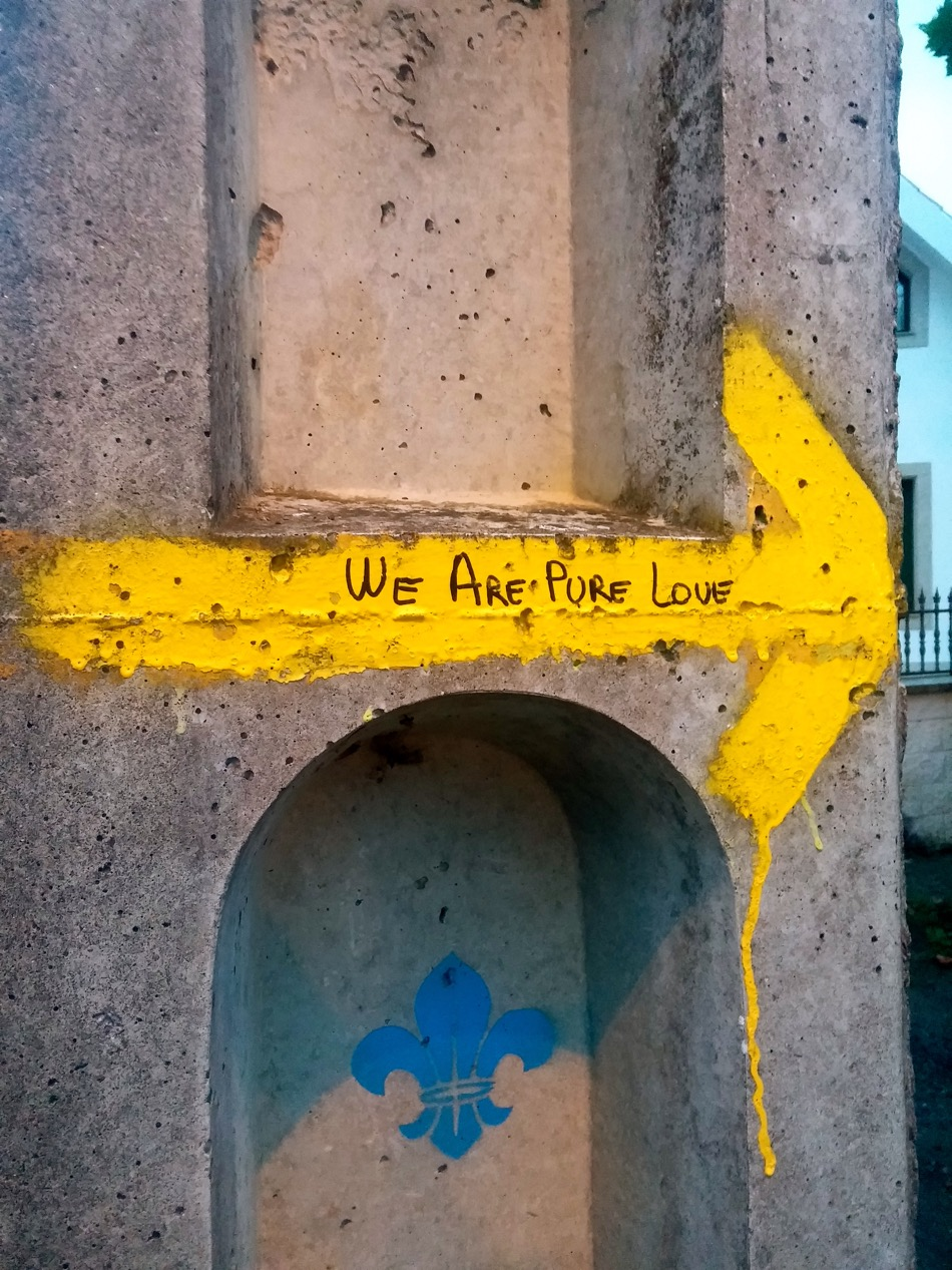 we-are-pure-love-arrow