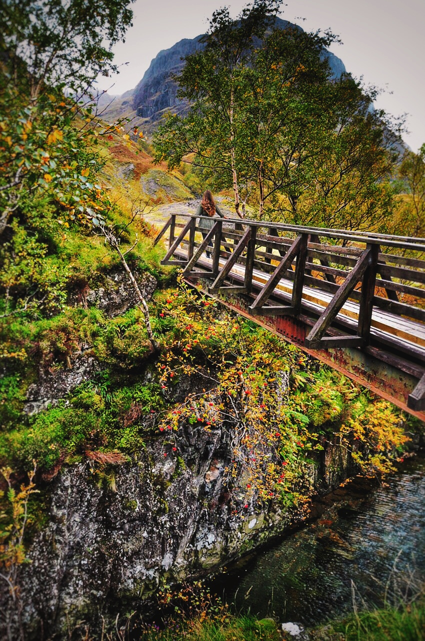 reka-on-glencoe-bridge-diagonal